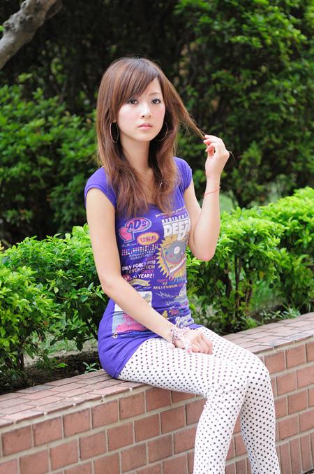 台湾网络人气美女!果子mm清纯甜美照